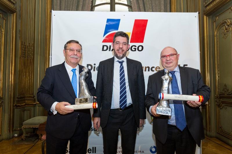 De izquierda a derecha: José Folgado, presidente de Red Eléctrica de España; Alberto Nadal, secretario de Estado de Energía, y François Brottes, presidente del directorio de Réseau de Transport d'Électricité. / Fernando Pérez.
