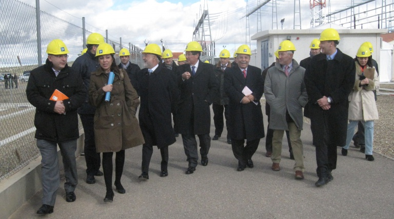 The Deputy Representative for the Government in Zaragoza, Ángel Vidal; the Minister of Industry of Aragon, Arturo Aliaga, and the Chairman of Red Eléctrica, José Folgado, look round the Fuendetodos sustation during the inauguration