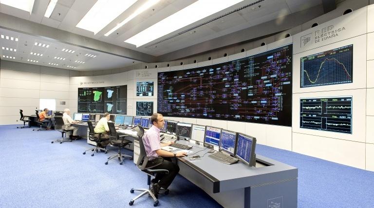 Centro de Control Eléctrico (Cecoel) y Centro de control de energías renovables (Cecre).