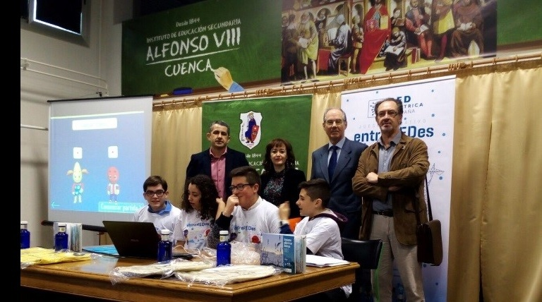 The Regional Minister of Education, Culture and Sport in Cuenca, the Director of the Museum of Sciences of Castilla-La Mancha; The Director of the secondary school 'Alfonso VIII' and Red Eléctrica's Regional Delegate for the Central Region participated in one of the qualifying phases of the Olympiada entreREDes held Castilla-La Mancha.
