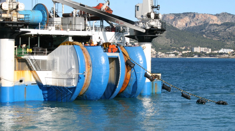 "The ship ""Guiulio Verne"" during the laying operations of th third electricity cable between the Spanish peninsula and the Balearic Islands"