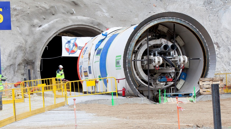 Assembly of the Alberes tunnel boring machine, in La Junquera, that will excavate the tunnel, from the Spanish side, for the electricity interconnection with France.   The tunnel boring machine has a cutting head with an exterior diameter of 4.3 metres and an overall length of 308 metres.
