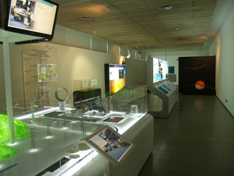 Display model showing the exhibit.